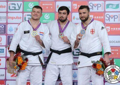 Medal100Kg2-1576333096-1576333097